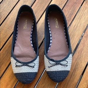 Navy and white striped Sperry flats
